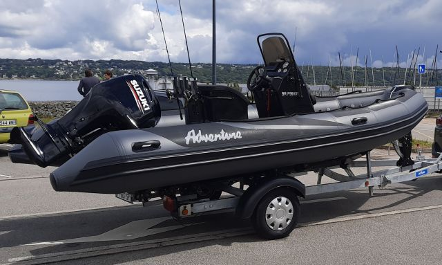 PACKAGE ADVENTURE VESTA 550 XL PRO FISH